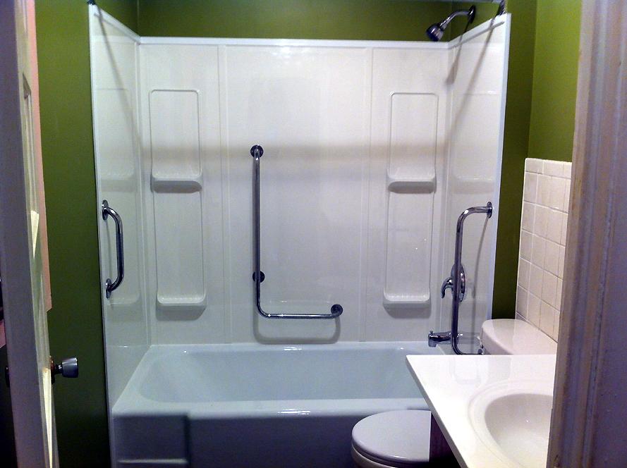 Bathroom tub surround